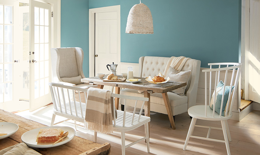 Benjamin Moore 2021 Color of the Year, Aegean Teal